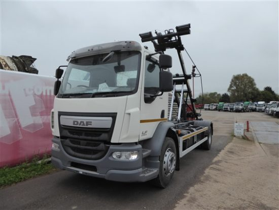 DAF Cable-lift demountable truck