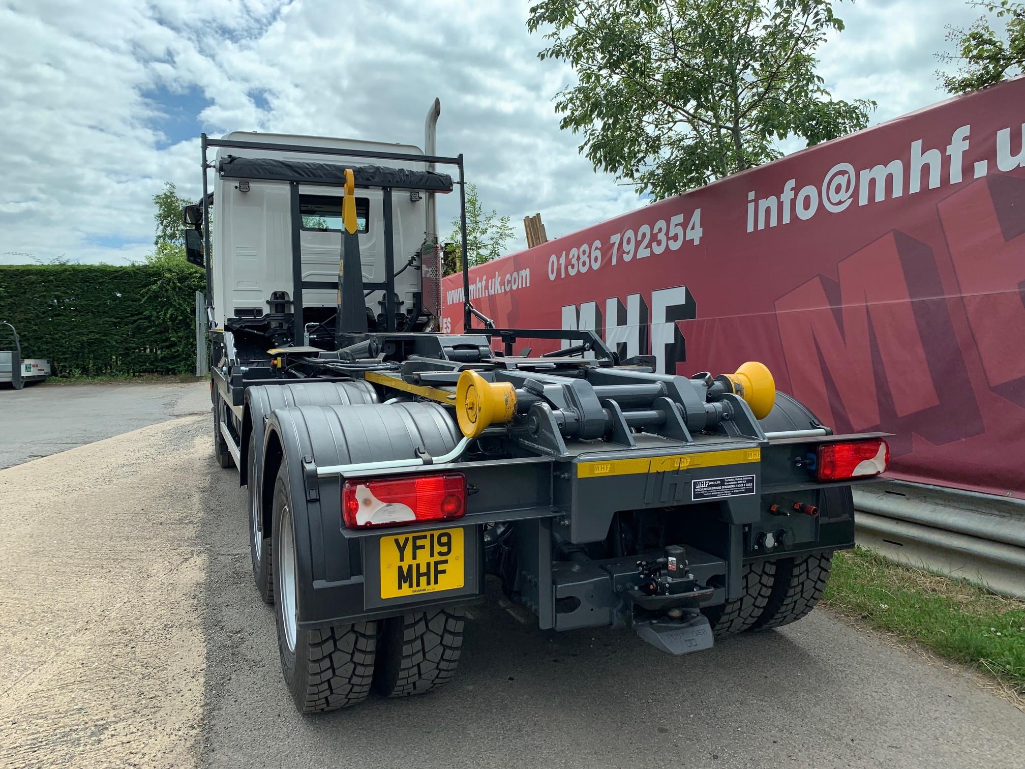 YF19 MHF 2019 6×4 Scania 26,000kgs Hookloader – MHF